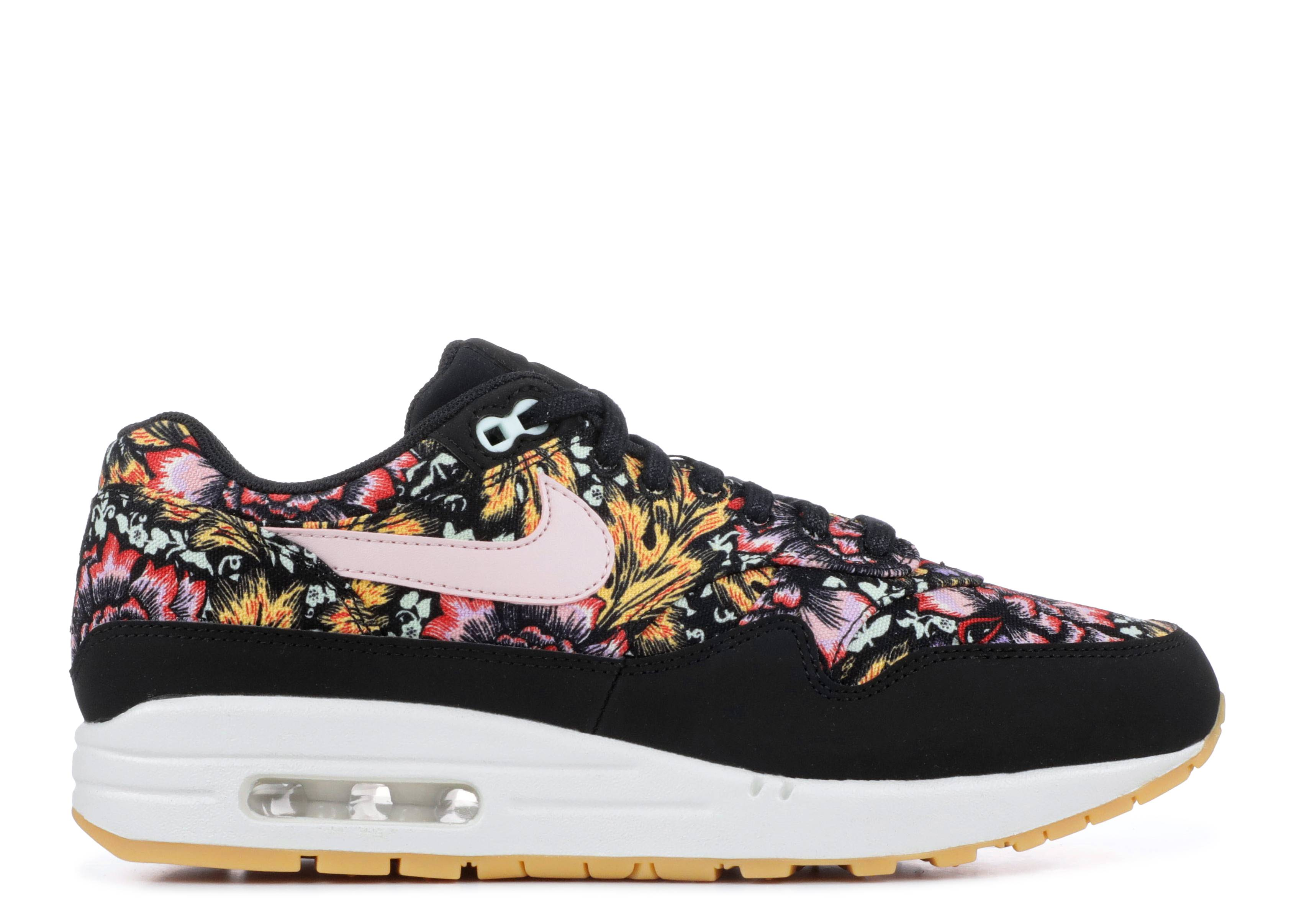 sale retailer f93f7 f6be4 nike. wmns air max 1 qs