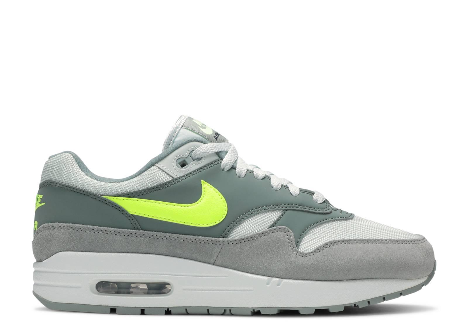 best loved cb7d5 e44e8 Nike air max 1