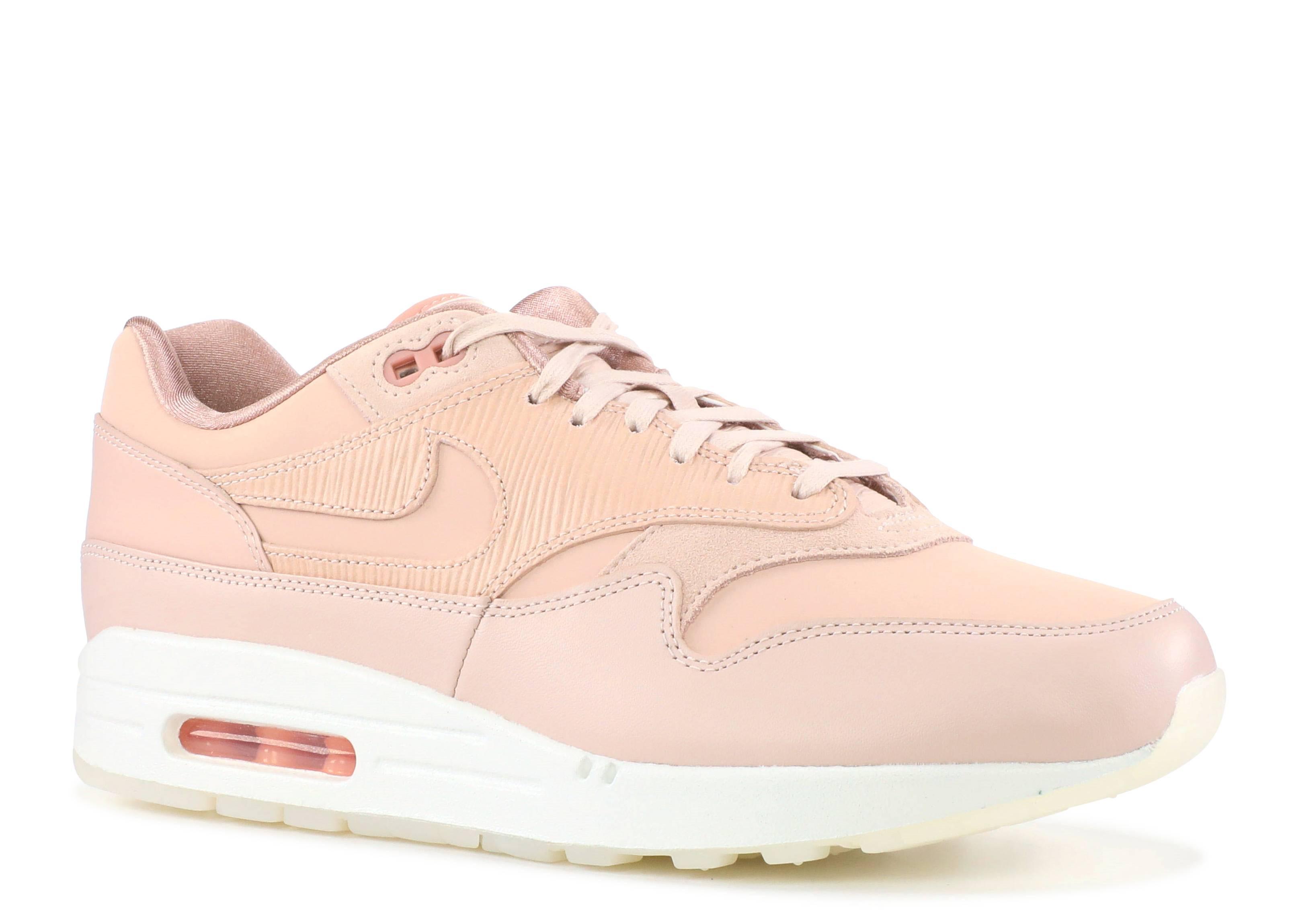 air max wmns beige