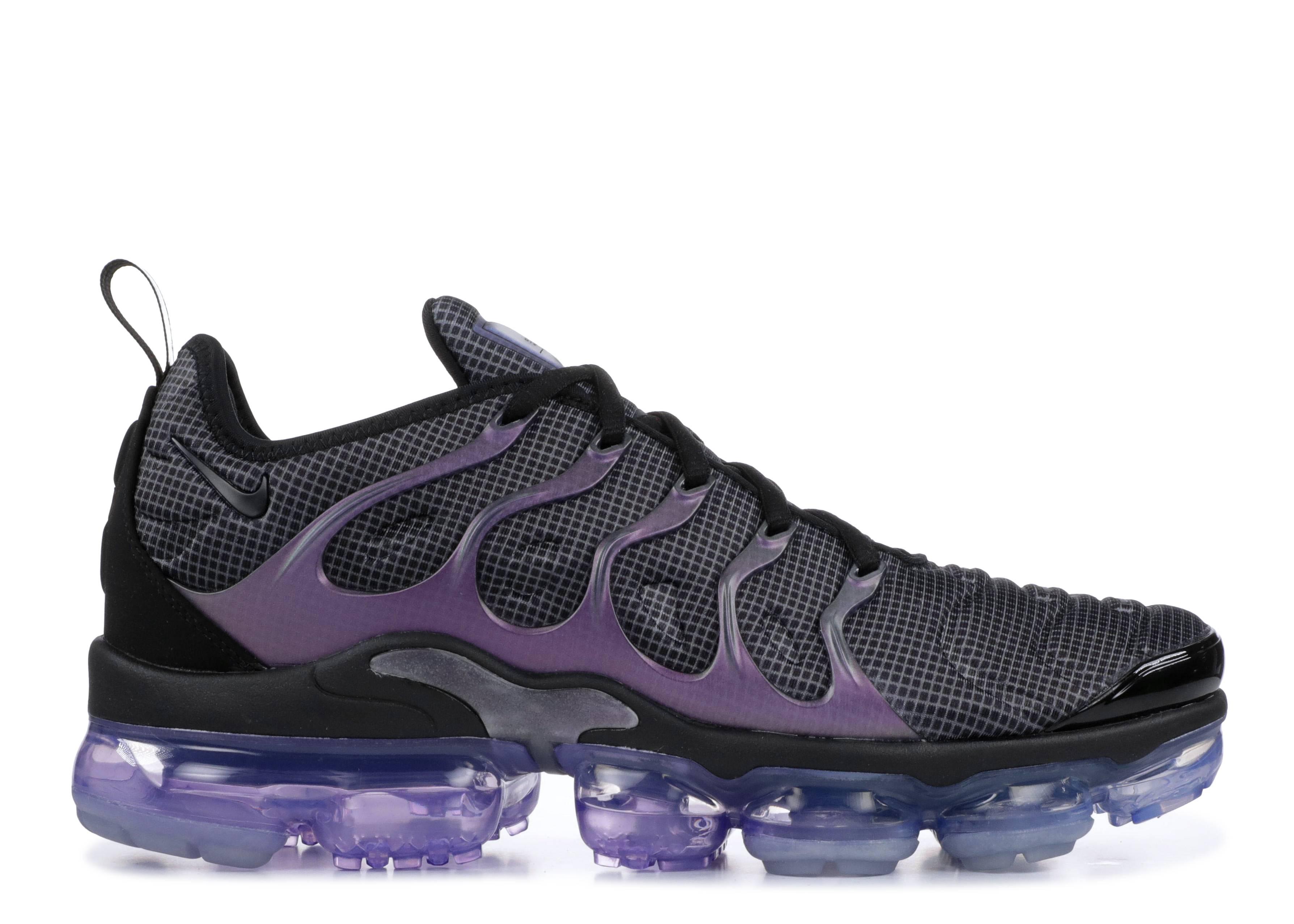 90d1e7608b1 Air Vapormax Plus - Nike - 924453 014 - black black-dark grey ...