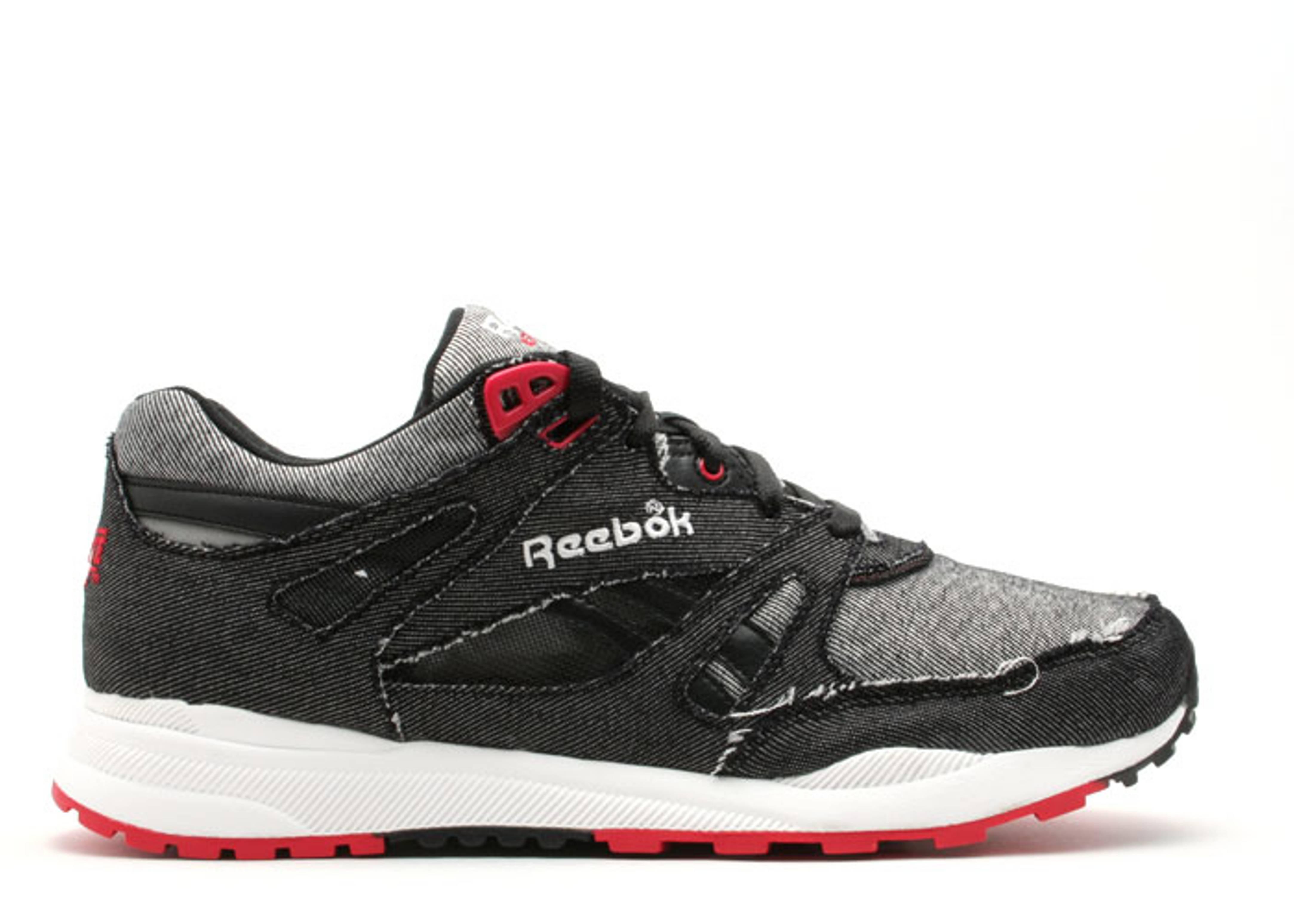 5c42ac62 Ventilator Denim - Reebok - 1151028 - black/white/eastern red ...